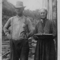 Charlie Pickle and Sarah Pickle - Handwritten:  Walkers Creek