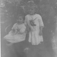Photograph of Mabel and Beulah Cook